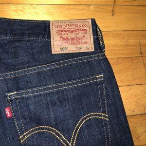 NWOT Men's Levis Jeans Dark blue wash 36w32L